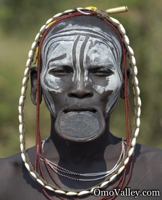 Suri woman with clay lip plate